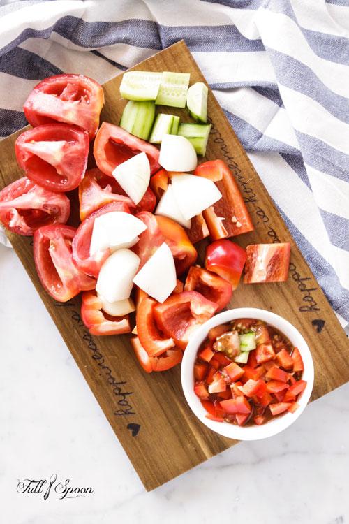 Холодный томатный суп (гаспачо)