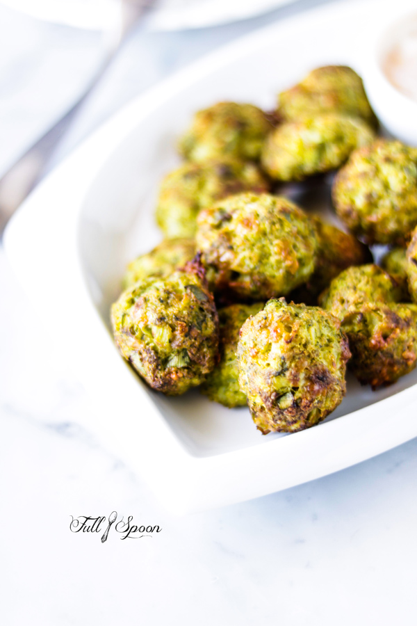 Сырные шарики с брокколи