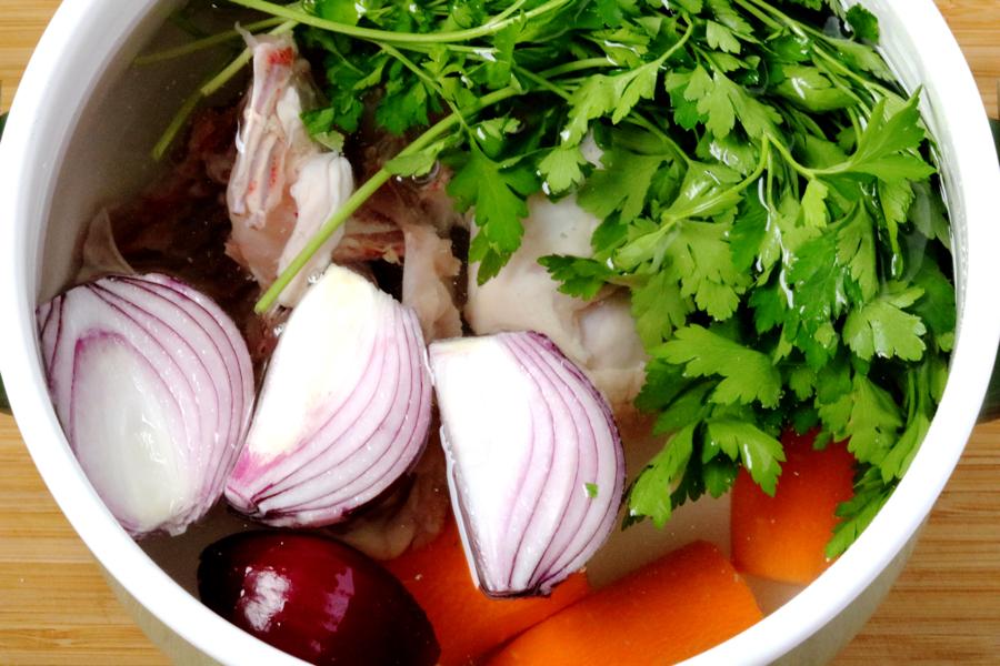 Как приготовить куриный бульон