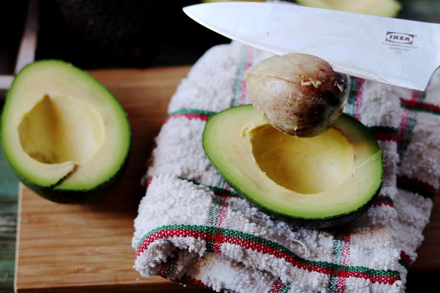 Виды авокадо. Как нарезать авокадо?