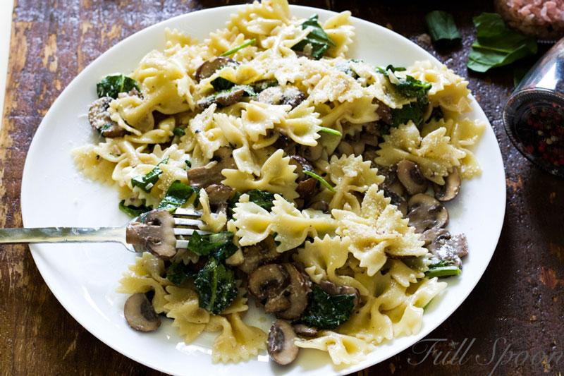 Рецепт пасты. Паста с грибами и шпинатом