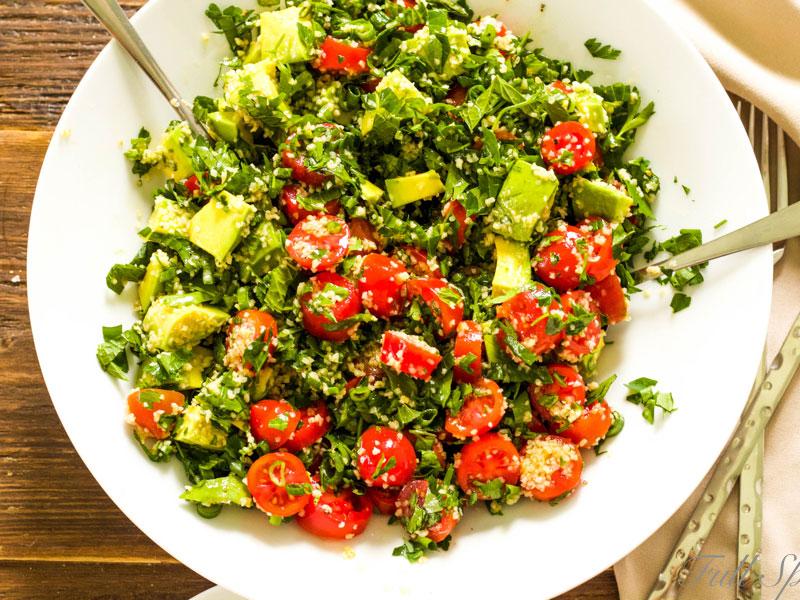 Салат бабуле с авокадо