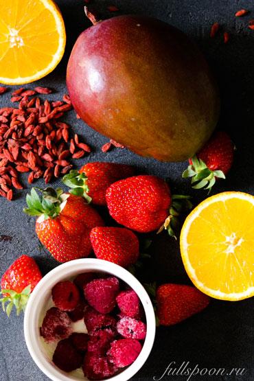 Правильное питание. Рецепт смузи. Витаминный смузи. Полезное питание.
