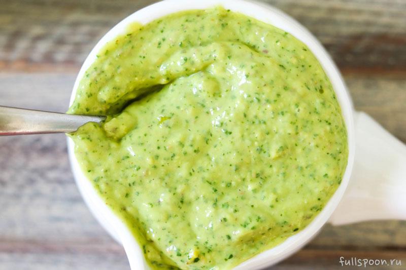 Зеленый соус с авокадо за 5 минут