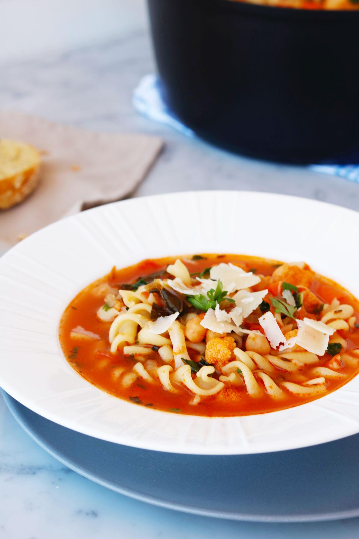 Суп с пастой и овощами