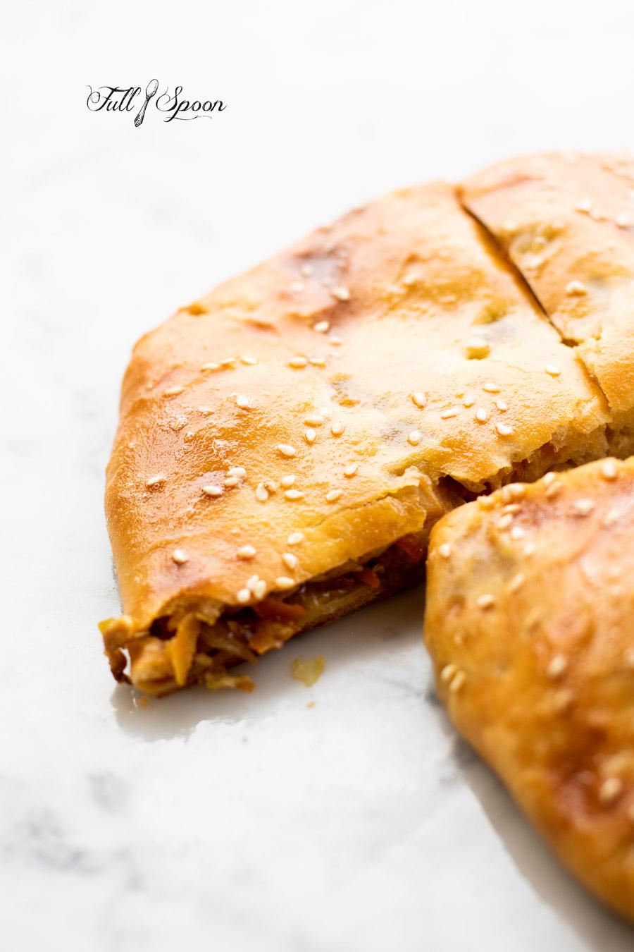 Пирог с курицей и капустой